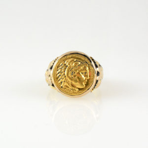 Gold Ring Featuring a Gold Coin of Alexander the Great