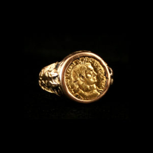 Classical Revival Gold Ring Featuring a Gold Coin of Emperor Licinius