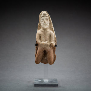 Assyrian Terracotta Male Figure 1