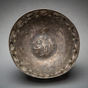 Silver bossed bowl with inclined male on lion 2